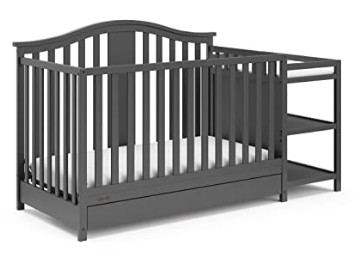 Photo of Graco Solano crib with changing table